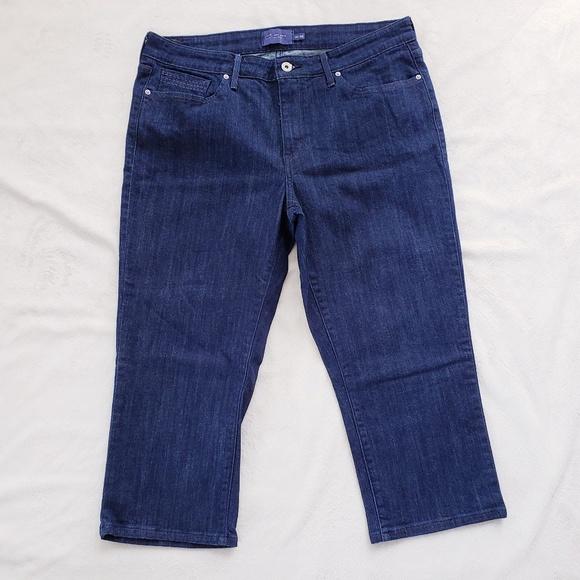 65169aafe42 Levi s Denim - Levi s Demi Curve Cropped Capri Jeans Plus 16